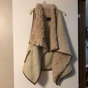 Love Tree vest